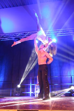 "ALT=""acrobatiek show"""