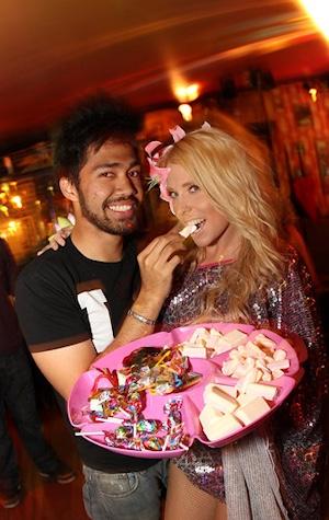 "ALT=""candy girl"""