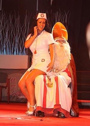 Sinterklaas striptease
