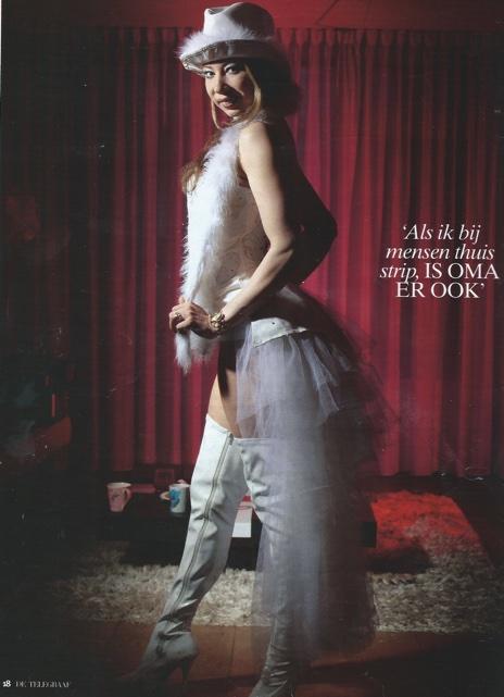 """ALT=""""telegraaf vrouw, interview met striptease Michele"""""""
